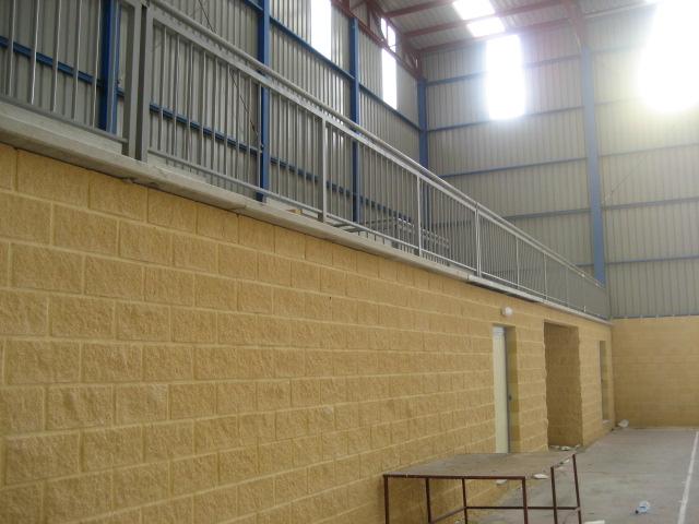 Escaleras grada polideportivo for Grada escalera